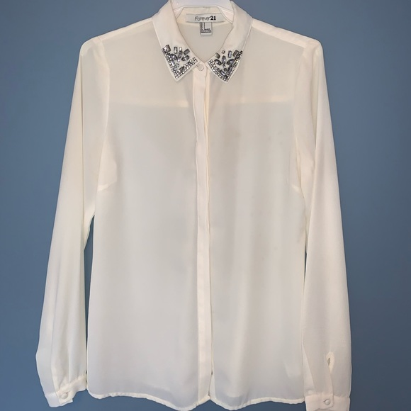 Chiffon white blouse with jewelled collar.